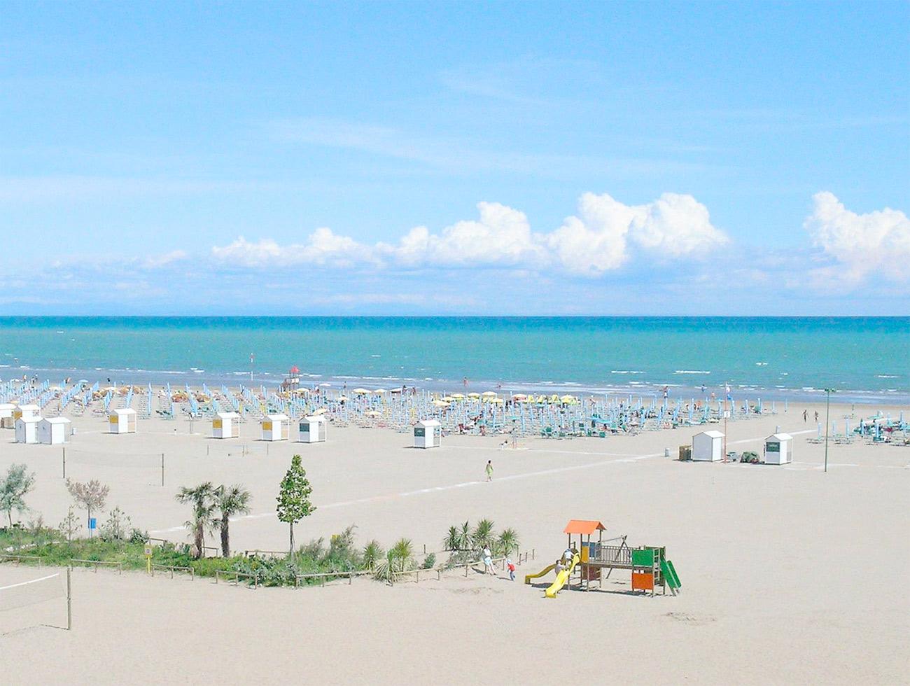 Matrimonio Spiaggia Caorle : Sito ufficiale hotel doriana fronte mare caorle spiaggia